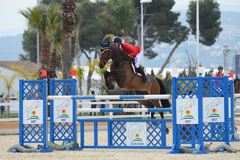 What do Grand Prix riders pay attention to or feel when assessing a horse?